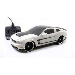 Big Time 116 Scale Radio Control Muscle Car   2012 Ford Mustang Boss
