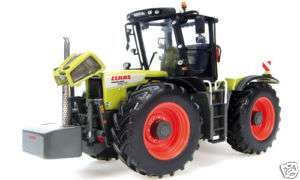 CLAAS 3800 Trac VC Xerion Farm Toy Tractor NEW 1/32