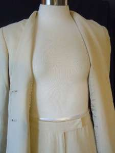 ANN TAYLOR PETITES SIZE 0P / 4P BEIGE WHITE PIN STRIPE PANT SUIT FULLY
