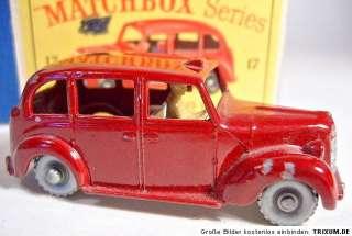 Matchbox RW 17C Austin Taxi pale grey base silver wheel