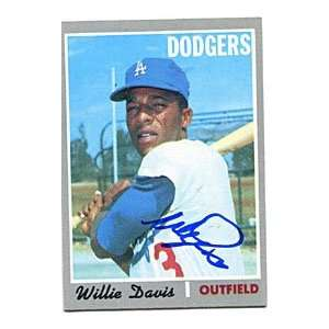 Willie Davis Autographed/Signed 1970 Topps Card Sports & Outdoors
