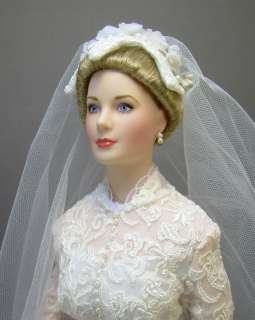 Grace Kelly Princess of Monaco Franklin Mint Porcelain Bride Doll with