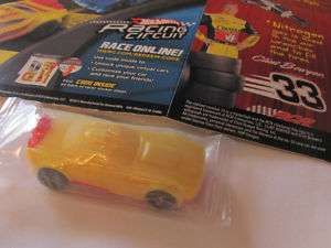 2011 Hot Wheel Cheerio 33 Bowyer Mattel Toy Race Car
