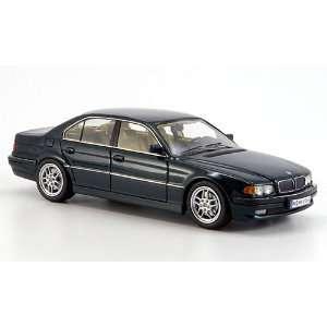 BMW 740i (E 38), 2000, Model Car, Ready made, Neo Scale