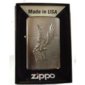 Zippo Custom Lighter   USA American Flag Soaring Bald Eagle Emblem