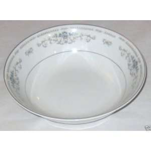 WADE Fine Porcelain China DIANE 10 1/2 Oval Vegetable