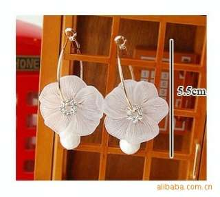 Fashion Elegant Pure White Flower Rhinestones Drop Womens Earrings