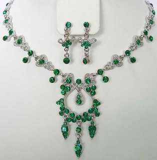 n310 Emerald Green Swarovski Crystal Necklace Earrings Set