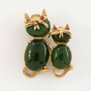 Lovely 14k Mother Doughter Cute Jade Cats Pin / Brooch