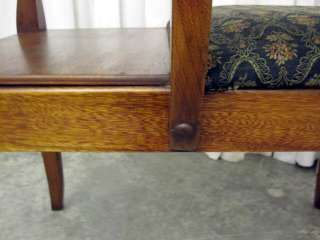 Telephone Seat or Gossip Bench Huntley Furniture Co. Xclnt Cond