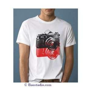 Vintage Canon F 1 camera   Pop Art Graphic T shirt (Mens