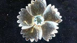 Vintage Sterling Silver Gold tone Flower Pin Brooch 925 jewelry no