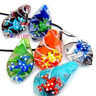 Murano Glass Frog on Leaf Bead Pendant Necklace Fashion Jewelry