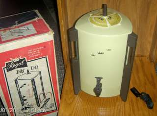 Electric POLY URN Percolator Coffee Maker 30 Cup HARVEST GOLD