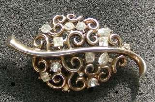 Vintage Signed TRIFARI Crown Rhinestone LEAF Pin Brooch