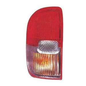 OE Replacement Toyota RAV4 Driver Side Taillight Lens