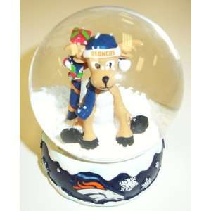 Denver Broncos NFL Holiday Snow Globe: Sports & Outdoors