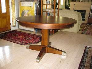 Ethan Allen EA Elements Round Pedestal Dining Table