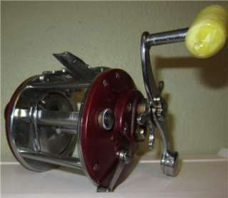 VTG PENN PEER NO 209 FISHING REEL RED