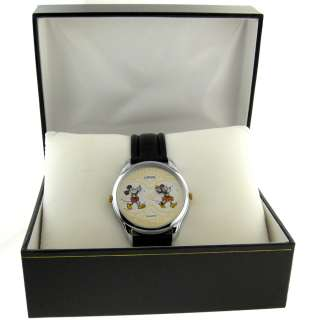 RARE MENS LORUS QUARTZ MICKEY AND MINNIE MOUSE DUAL TIME WATCH